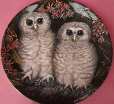 WEDGWOOD AFRICAN WOOD OWL CHICKS PLATE DICK TWINNEY THE BABY OWLS SERIES