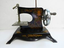 VINTAGE LINDSTROM'S LITTLE MISS NO. 203 TOY SEWING MACHINE + MANUAL NICE COND