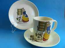 JOHNSON OF AUSTRALIA OLD MOTHER HUBBARD TRIO NURSERY WARE CUP SAUCER PLATE