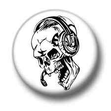 Online Gamer Skull 1 Inch / 25mm Pin Button Badge Helpdesk IT Call Centre Goth
