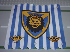 LEGO - White Cloth Hanging 16 x 16 w/ Blue Stripes & Lion Head Shield Pattern
