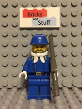 LEGO Western - WW004 Cavalry Lieutenant with Cavalry Cap and Bandana