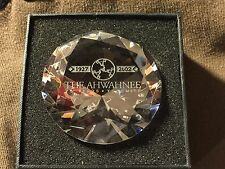 2002 RARE THE AHWAHNEE HOTEL 75TH ANNIVERSARY YOSEMITE PARK CRYSTAL PAPER WEIGHT