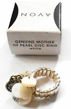 GORGEOUS AVON GENUINE MOTHER OF PEARL DISC STRETCH RING IN WHITE 2012 NOS