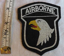 Military WW2 American 101st airborne Eagle Infantry Division Cloth Badge (1397)