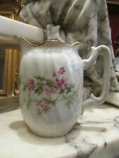ancien pot a lait en porcelaine epoque 1900 decor floral