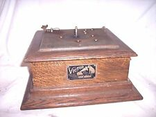 VICTOR P PHONOGRAPH CABINET ,GOOD RUNNING MOTOR , BRAKE, +++