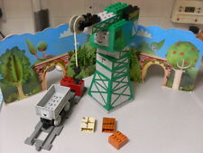 LEGO DUPLO THOMAS THE TANK ENGINE  CRANKY THE CRANE SET 3301
