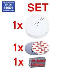 SET : 1x SMOKE DETECTOR 10 YEAR LONGLIFE BATTERY   1x MAGNETIC FASTENING KIT