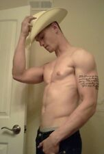 Shirtless Male Muscular Cowboy w Arm tattoo Muscle Body Guy PHOTO 4X6 C1260