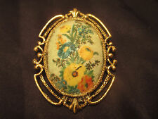Vintage Eggshell pendant / brooch pin Delicate with Crushed Velvet Purple Case