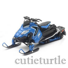 New Ray Polaris 800 Switchback Pro-X Snowmobile 1:16 57783 B Blue