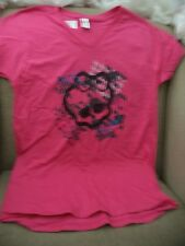 MONSTER HIGH SKULLETTE GRAPHIC V-NECK T-SHIRT PINK SIZE L