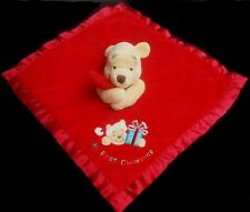 Doudou Winnie DISNEYLAND Plat Carré Rouge Orange My First Christmas Cadeau