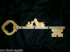 Vintage Old Carved Mother Duck Ducklings Wood Skeleton Key Holder Hook Hanger