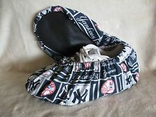 MLB. New York Yankees bowling shoe covers. Cotton, inner lining and vinyl soles