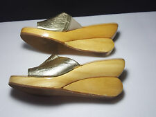 Donald J Pliner Gold Lame Leather Wood Abstract Wedge Platform Sandal Size 6.5
