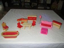 WOOD DOLL HOUSE FURNITURE ?PLAN TOYS, ?RYAN'S ROOM, ?Melissa and Doug (C)