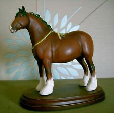 ROYAL DOULTON HORSE SHIRE STYLE TWO DA 238 BROWN MATT FINISH ON WOODEN BASE