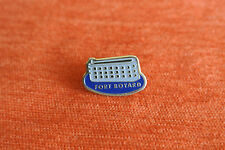 15996 PIN'S PINS FRANCE CHARENTE FORT BOYARD CASTLE TELE TELEVISION TV
