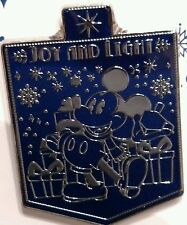 Disney Joy and Light Happy Hanukkah 2015 Mickey & Dreidel w/ Gifts Pin NEW