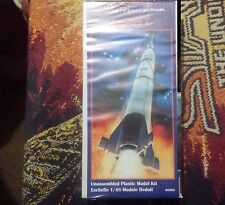 Glencoe Models #06902 1/48 Jupiter C Rocket