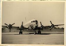 PHOTO ANCIENNE - VINTAGE SNAPSHOT - AVION SUPER DC 6 HÉLICE - PLANE HELIX