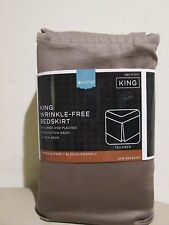 New with Tag for Sale - HOME - Wrinkle - Free Bed Skirt ( Size : KING ) Brown
