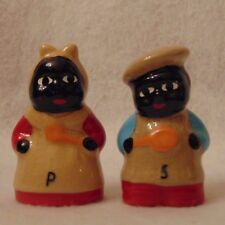VINTAGE MAMMY AND PAPPY BLACK AMERICAN SALT AND PEPPER SHAKERS~LOOK!!