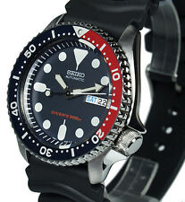 SEIKO AUTO 200mt PRO DIVERS WITH RUBBER BUCKLE STRAP SKX009K1