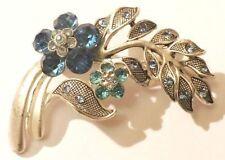 broche rétro bijou vintage floral gravé cristal bleu saphir et bleu ciel * 4098