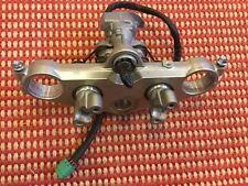06 Suzuki DL1000 VStrom V-Strom OEM Top Clamp Ignition W Key Handlebar Mounts