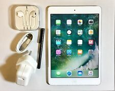 *NEW LIKE* Apple iPad Mini 2 RETINA Display 32GB, Wi-Fi, 7.9in - White + EXTRAS