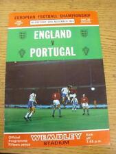 20/11/1974 angleterre/portugal [à wembley] (légère plié). objet en très bon c