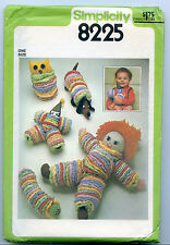 SIMPLICITY SEWING PATTERN 8225 TOY PACKAGE DOG DOLL BIRD  BUGS YOYO QUILTS