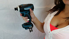 "Makita XDT04 1/4"" Cordless Impact plus (1) 18V Lithium Ion Battery"