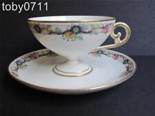 Limoges charles ahrenfeldt porcelaine piédestal tasse & soucoupe