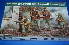 Trumpeter 00405 - Waffen SS Assault Team  scala 1/35