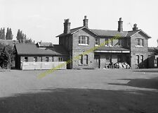 St. Albans London Road Railway Station Photo. Hill End and Hatfield Line. (5)