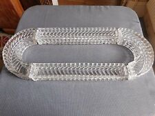 Baccarat centre de table 4 éléments cristal moulé  signés