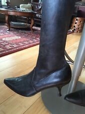 Stuart Weitzman Brown Pull On Leather Stretch Kitten Low Heel Boots Sz 8.5
