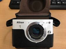 Nikon Mirrorless DSLR Nikon 1 J1 White N1 J1 Only Body