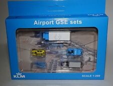 JC WINGS XX2024 KLM Airport GSE set 4 in 1:200