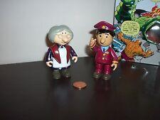 Postman Pat Mrs Goggins & Ajay Bains Action Figure, 4 pollici, vedere gli altri & combinare