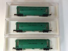"Set of 3 Bowser #37284  N scale ""Penn Central"" cylindrical hoppers road # 884303"
