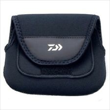 DAIWA Spinning Reel Shock Guard Cover Pouch Case with Handle Pocket 1500-2500