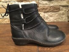 Ugg Cassia Black Leather Ankle Boots Women's Size 6 1932
