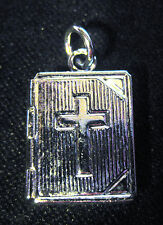 SMALL SILVER BIBLE LOCKET WITH CROSS DESIGN