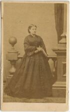 YOUNG LADY IN LONG BUTTONED DRESS WITH BOOK BY HALLING NEW YORK CDV