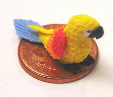 1:12 Scale Small Yellow Polymer Clay Parrot Dolls House Miniature Accessory P10